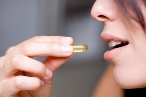 uống vitamin e có trị mụn được không