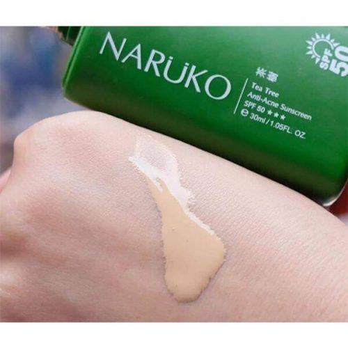 review kem chống nắng naruko tea tree